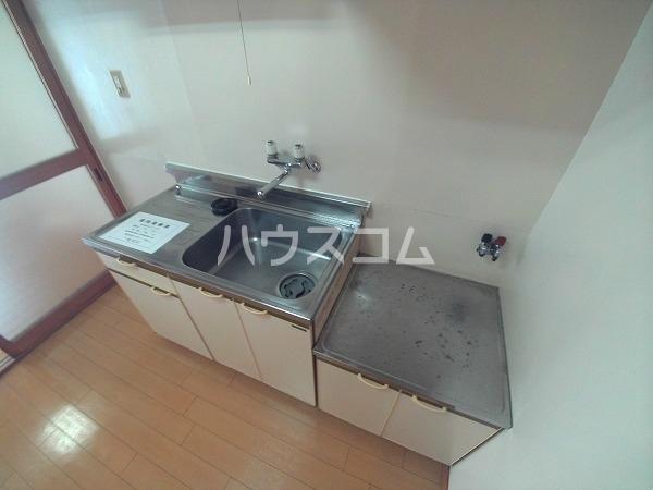 メゾン黒柳 402号室のキッチン