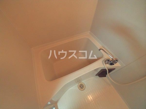 メゾン黒柳 402号室の風呂