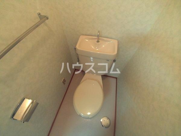 メゾン黒柳 402号室のトイレ