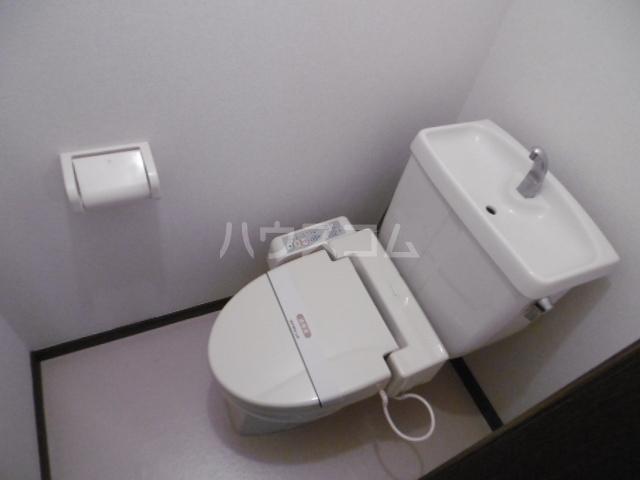 クラップコティ 203号室のトイレ