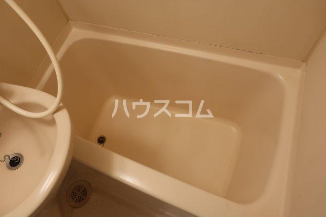 エトワールシミズⅠ 305号室の風呂