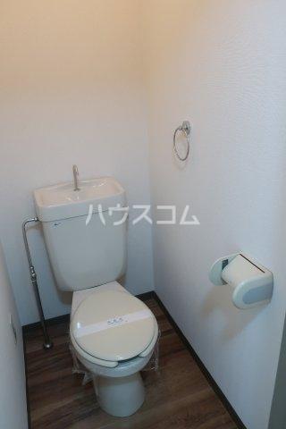 エトワールシミズⅠ 305号室のトイレ