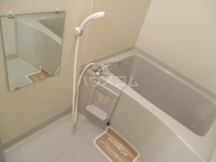 オリーブ A202号室の風呂