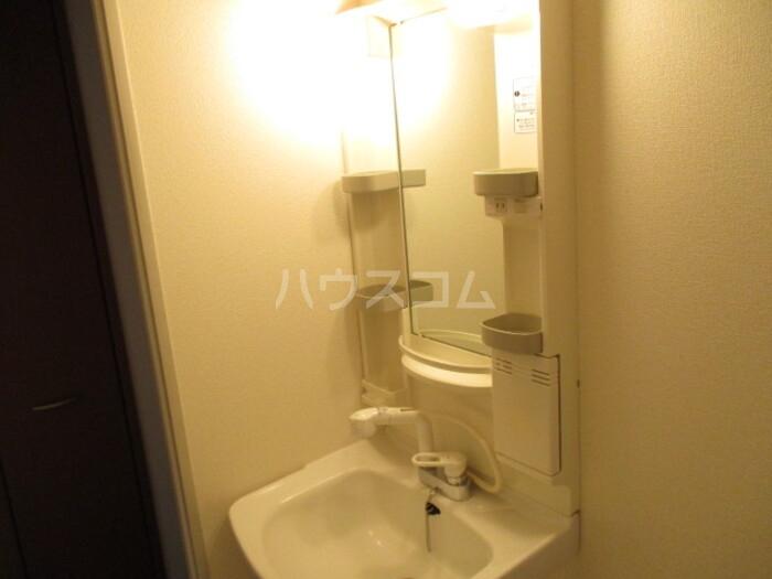 オリーブ A202号室の洗面所