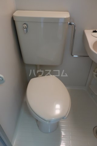 アクセスコートⅥ 2E号室のトイレ