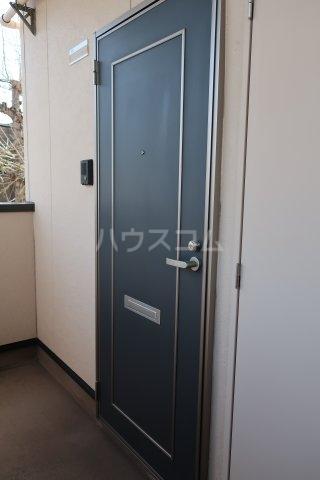 アクセスコートⅥ 2E号室の玄関