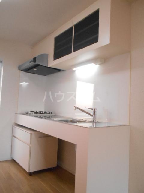 グランディール八事石坂 405号室のキッチン