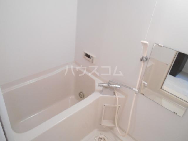 グランディール八事石坂 405号室の風呂