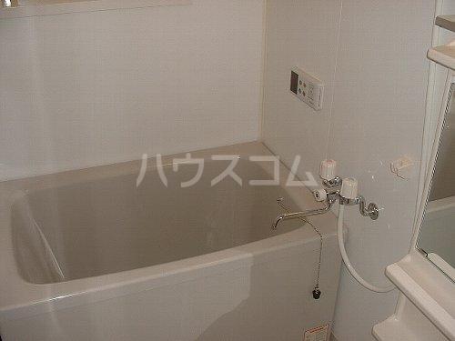 ネオファルコ 101号室の風呂