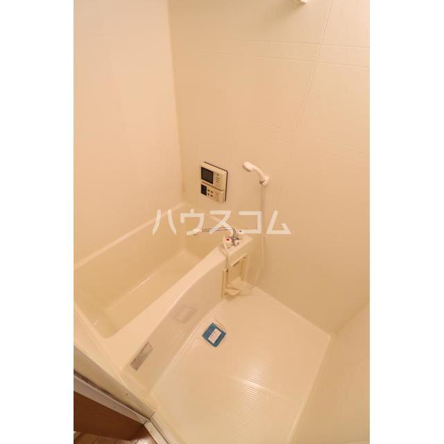 メゾンド井尻 105号室の風呂