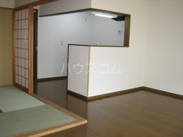 グレースi 202号室の居室
