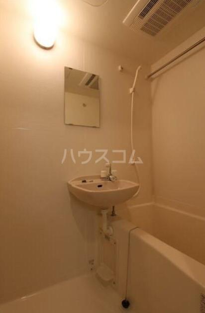 ラグジュアリーガーデン東松戸 508号室の風呂