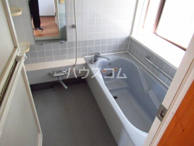 永幸ハイツ 101号室の風呂