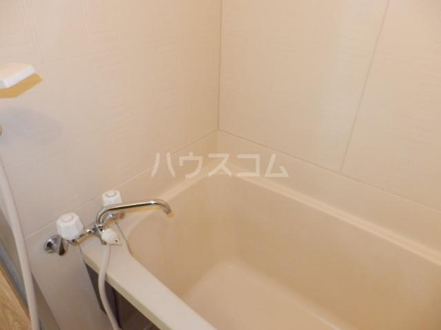 コーポすずき A 102号室の風呂