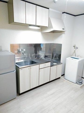 コーポ・ユトリロ 203号室のキッチン