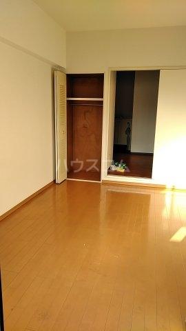 フェリーチェ本八幡 407号室のリビング