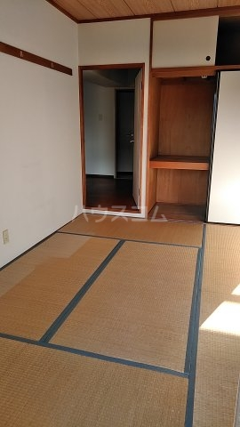フェリーチェ本八幡 407号室の居室