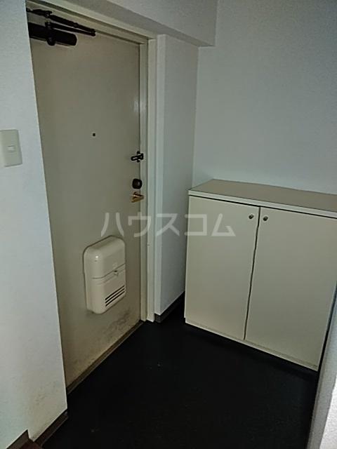 フェリーチェ本八幡 605号室の玄関