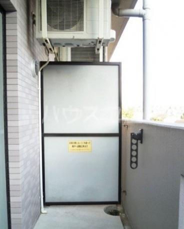 メゾンパークスⅡ 302号室のバルコニー