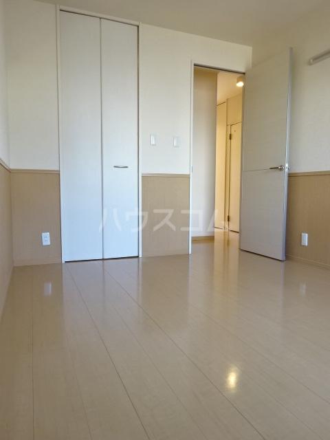 セブンオークスA 103号室の居室