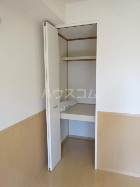 セブンオークスA 103号室の収納