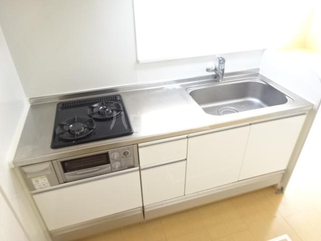 セブンオークスA 103号室のキッチン
