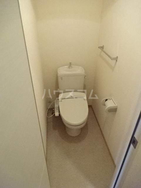 セブンオークスA 103号室のトイレ