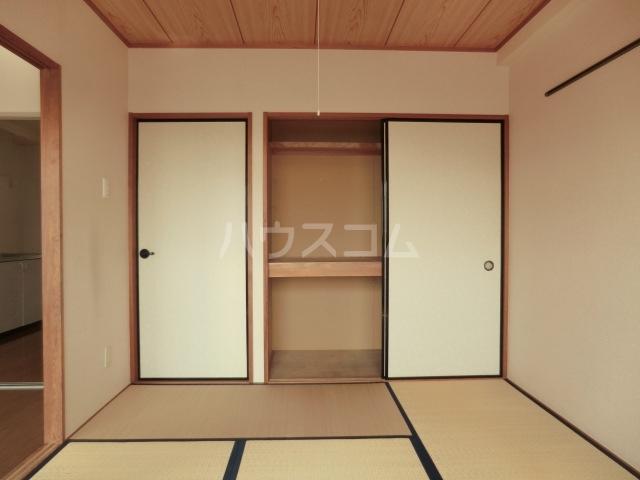 キングス所沢 00402号室の居室