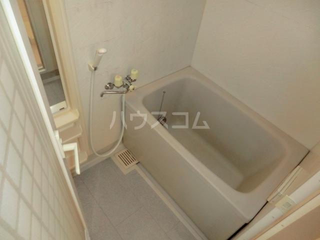 キングス所沢 00402号室の風呂