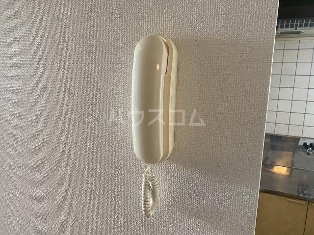 グリーンコート 101号室の駐車場