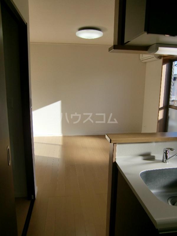 グランヒルⅡ 203号室のリビング