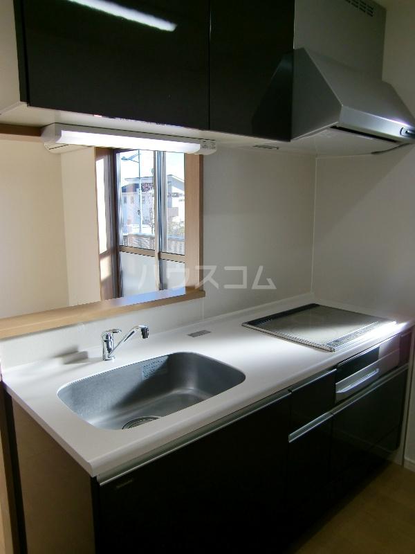 グランヒルⅡ 203号室のキッチン
