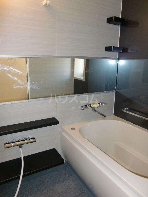 グランヒルⅡ 203号室の風呂