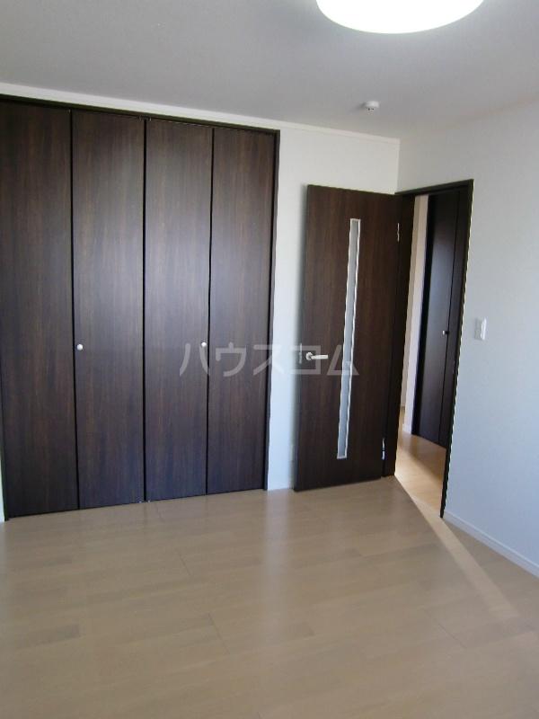 グランヒルⅡ 203号室の居室