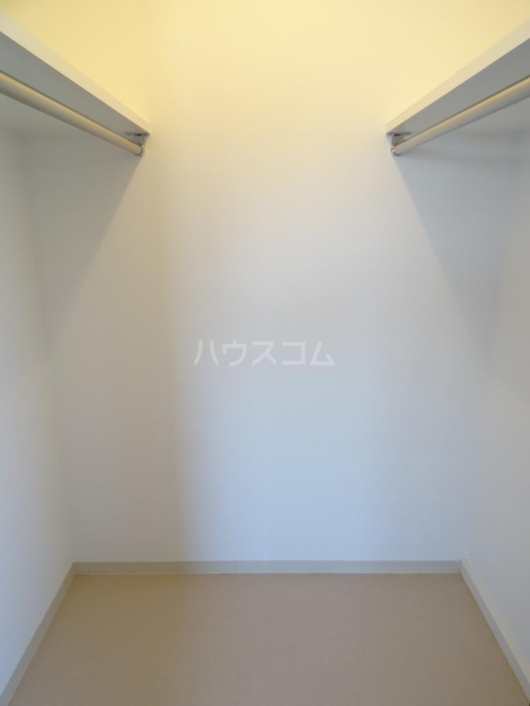 メゾンベールⅠ 201号室の収納