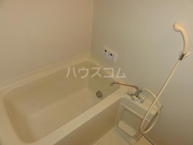 Surplus UEJI 102号室の風呂