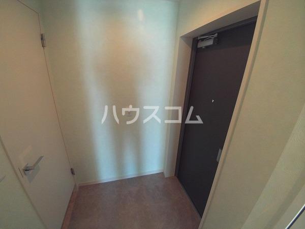 プランドール東岡崎 305号室の玄関