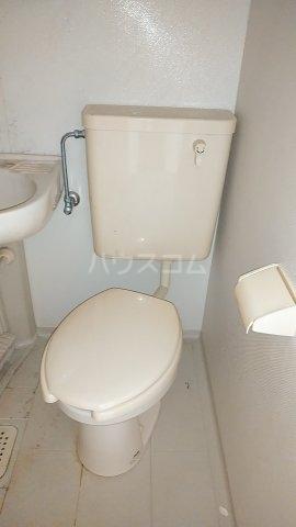サザンクロスハイム 205号室のトイレ