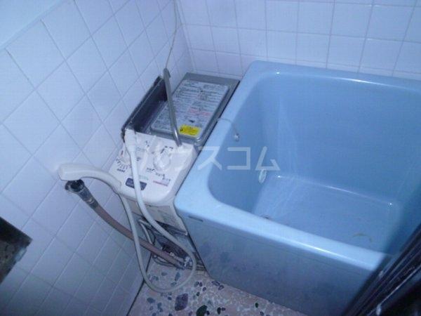 東中山ハイツ 102号室の風呂