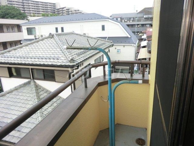 ロータストヨダ 301号室のバルコニー