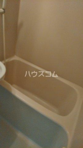 ベルレ市川 203号室の風呂
