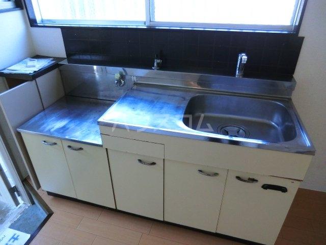 サンテラス 00101号室のキッチン