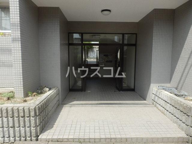 ハイパーク桃山 2G号室のエントランス