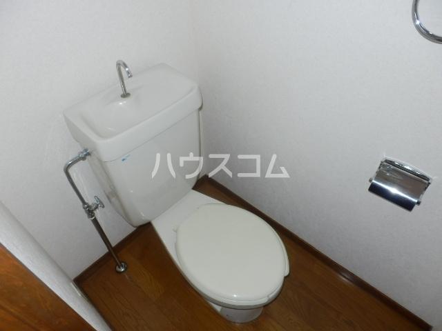 ハイパーク桃山 2G号室のトイレ