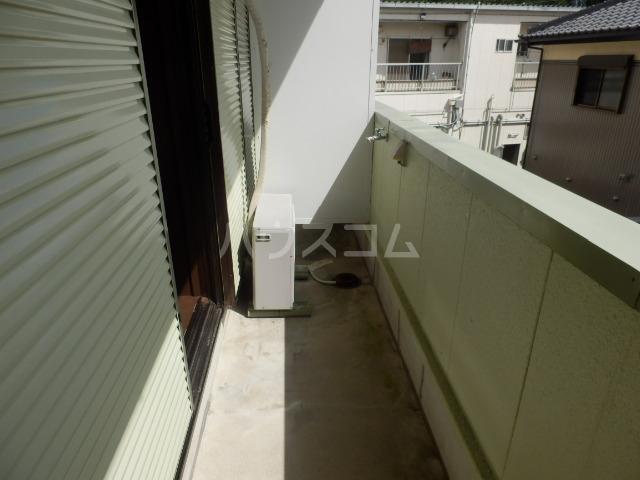 メゾン石川 206号室のバルコニー