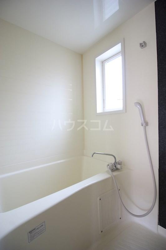 マイシティ高丘(東側) 105号室の風呂