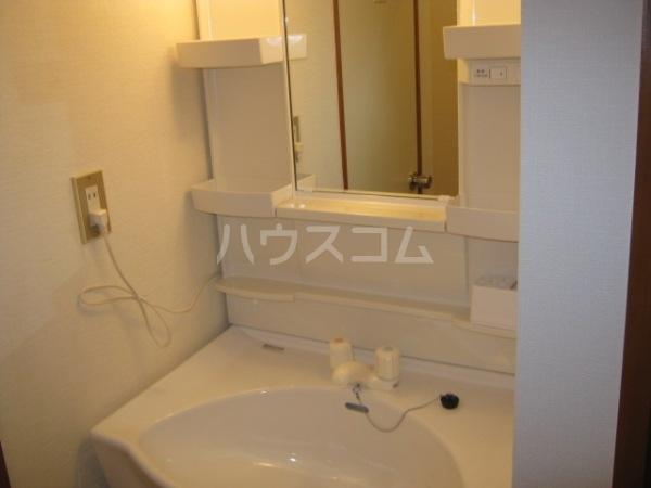 ヒルズ梅ヶ丘 A107号室のトイレ