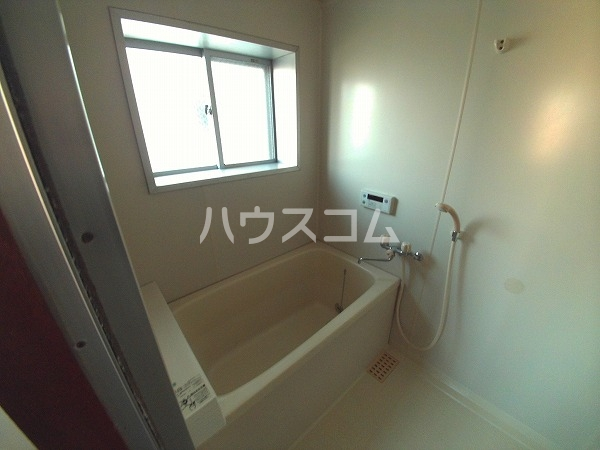 リバーストーン 303号室の風呂
