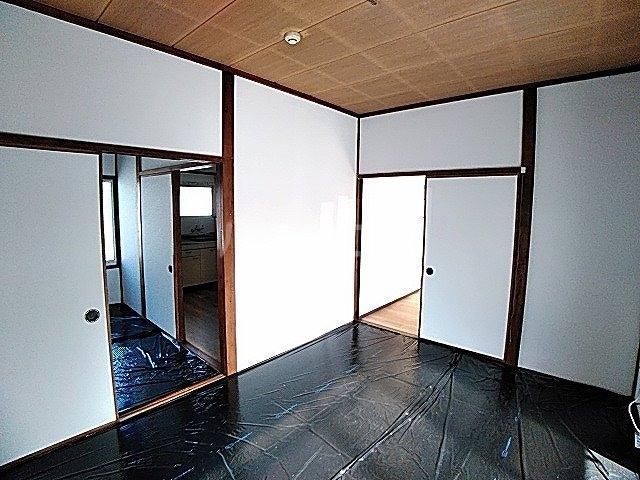 畔柳様借家の居室