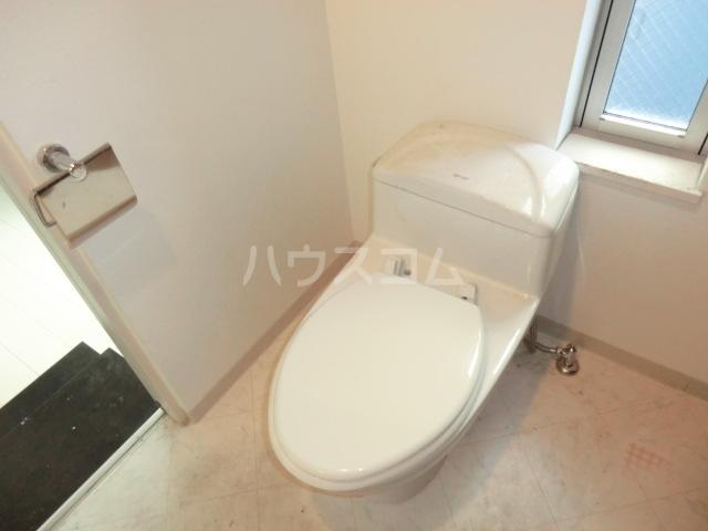 サザンクロス 302号室のトイレ